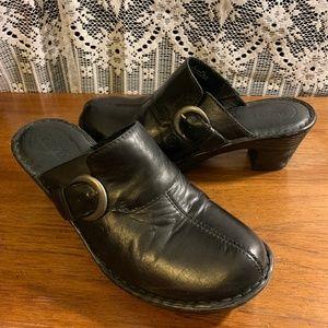BORN Black Leather Side Buckle Clogs Size 8
